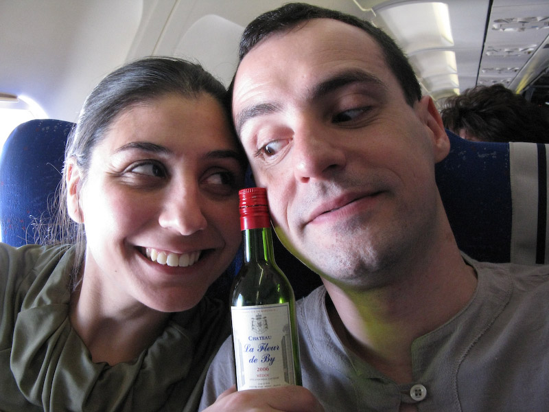 Mais 3 horads de vôo, pelo menos o vinho era bom!