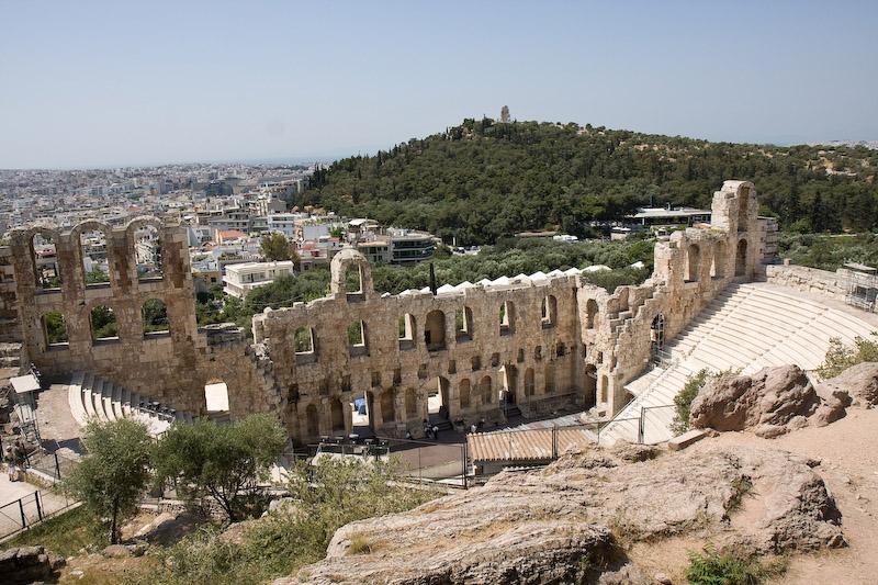 O odeon de Herodes Attico (ainda é usado para shows e teatro)